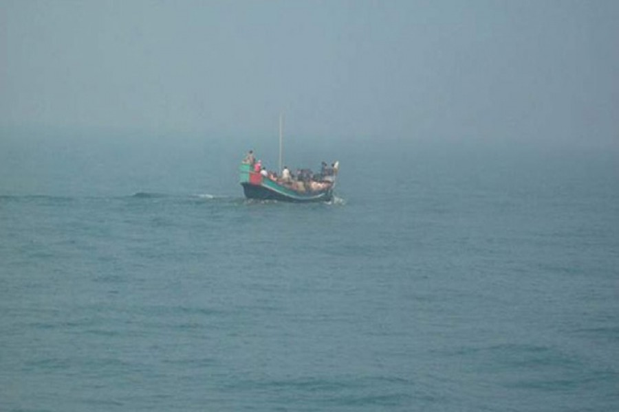 10 missing in buriganga trawler capsize