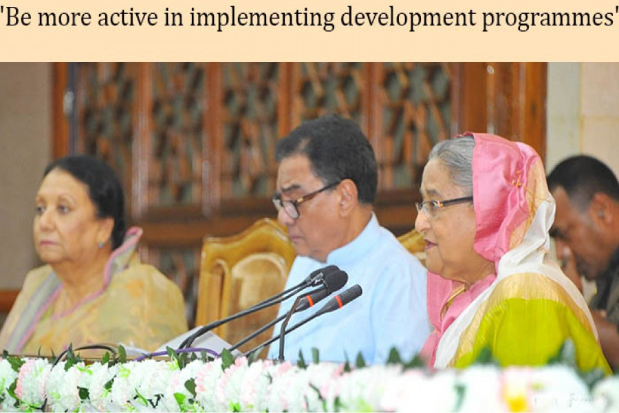 PM asks DCs not to allocate land for unplanned industry