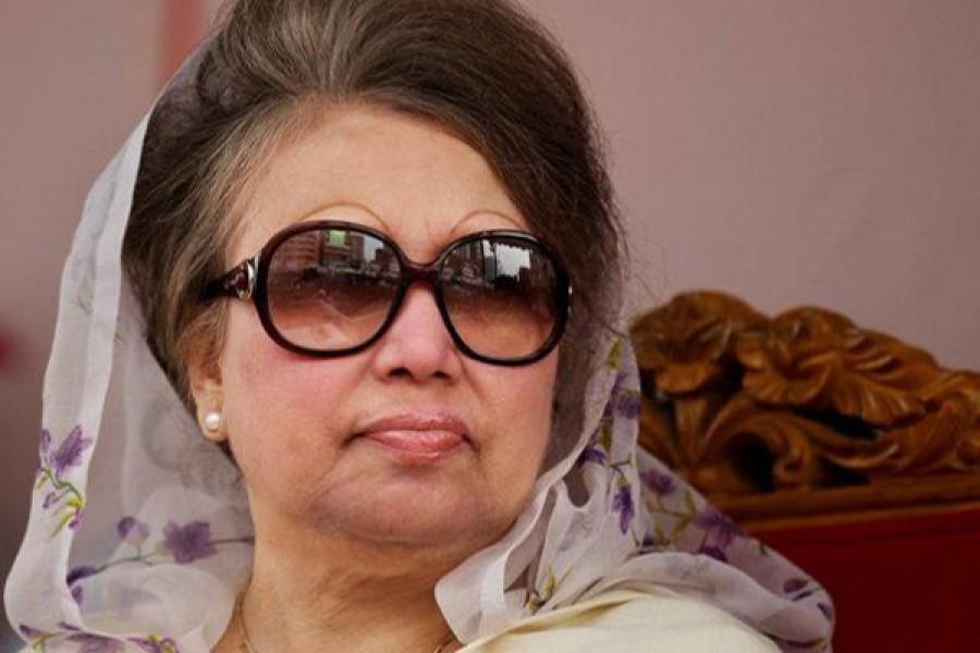 Govt doing nothing for flood victims: Khaleda