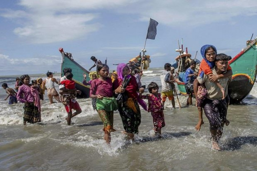 Schools reopen in restive Rakhine, but Rohingya still flee