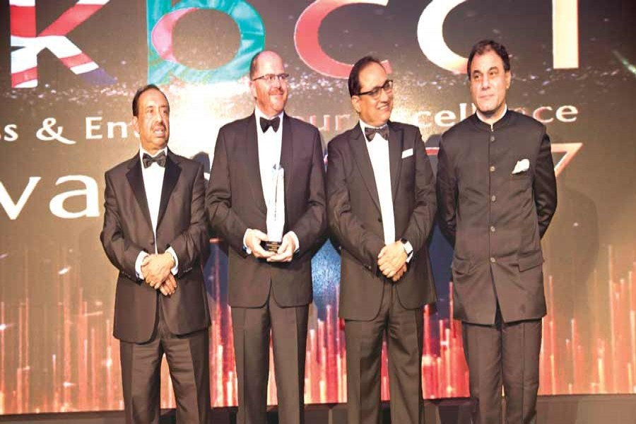 The UKBCCI Business and Entrepreneur Excellence Awards-giving ceremony was held at London Hilton at Park Lane in London recently.