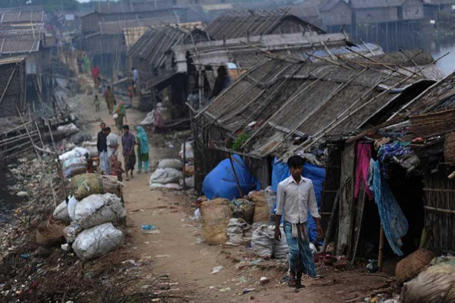 Slum dwellers to get flats on low rental basis