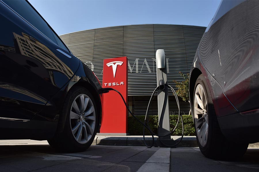 Tesla disappoints Wall Street investors