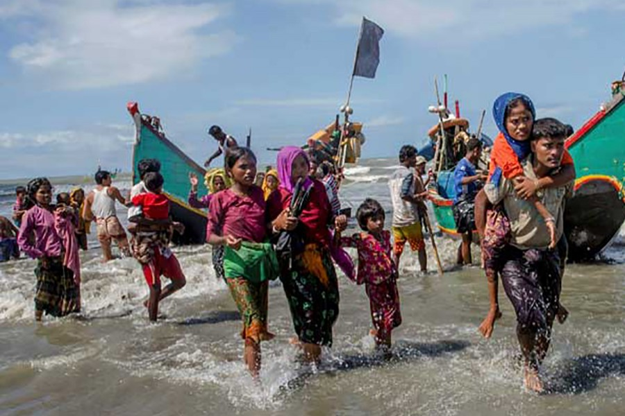 Rohingya refugees fleeing Myanmar to Bangladesh (File Photo)
