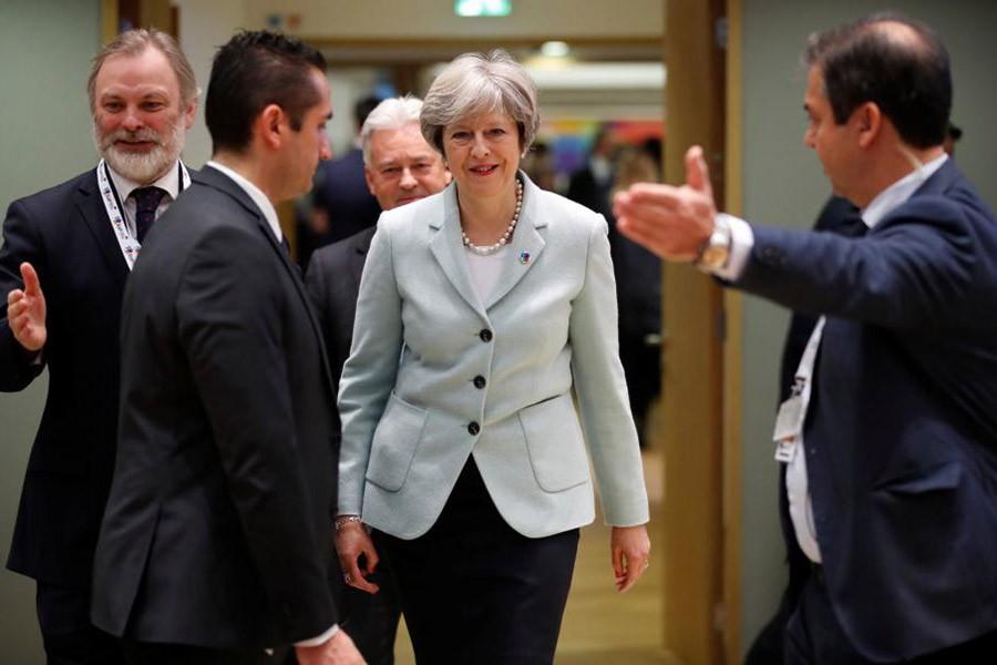 EU gives UK 10-day deadline over Brexit
