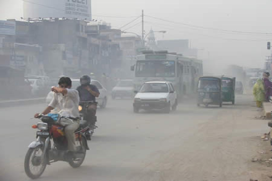 Dust pollution in Dhaka city