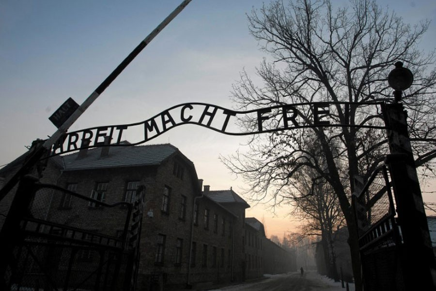 """The Nazi slogan """"Arbeit macht frei"""" (Work sets you free) is pictured at the gates of the former Nazi German concentration and extermination camp Auschwitz-Birkenau in Oswiecim, Poland. January 27, 2017. (Reuters)"""