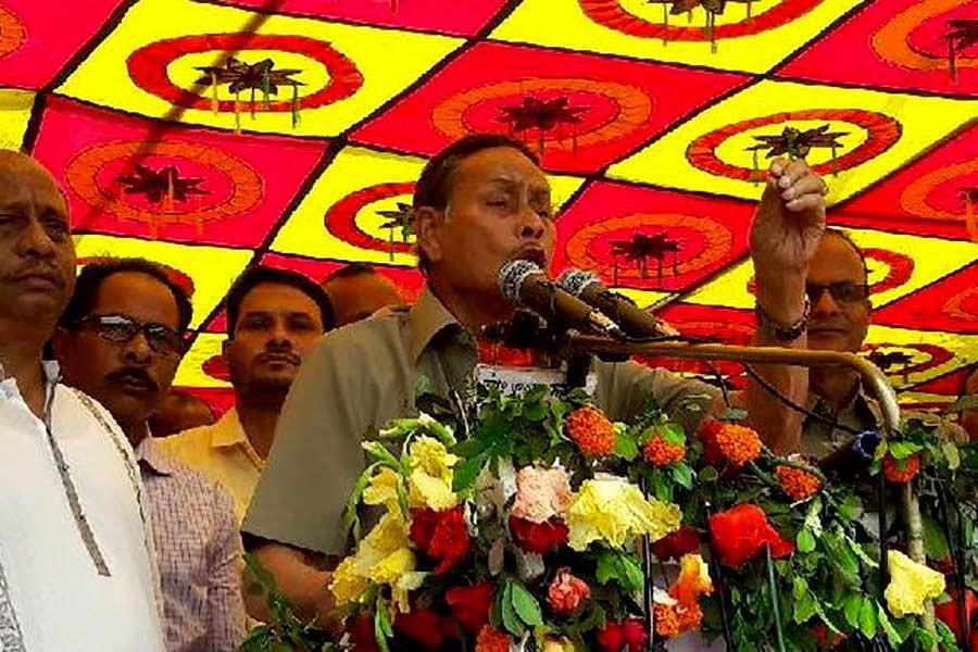 Ershad criticises Hasina for not keeping election pledges