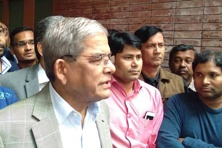 BNP secretary general Mirza Fakhrul Islam Alamgir talks to reporters after placing wreaths at the National Mausoleum in Savar on Sunday, December 16, 2018. Photo: UNB