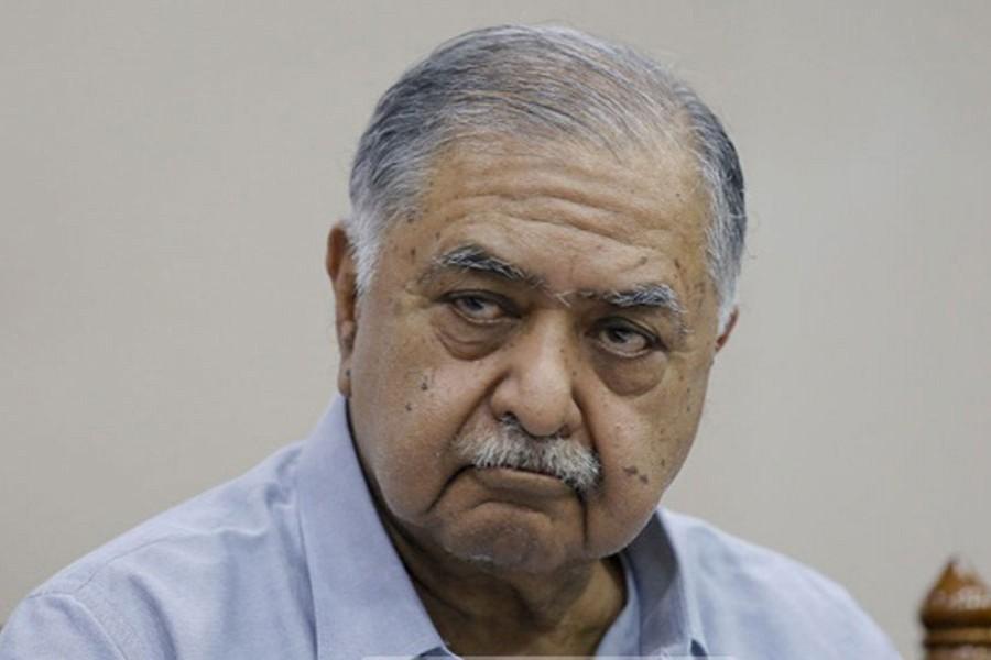 Dr Kamal mourns Syed Ashraf's death