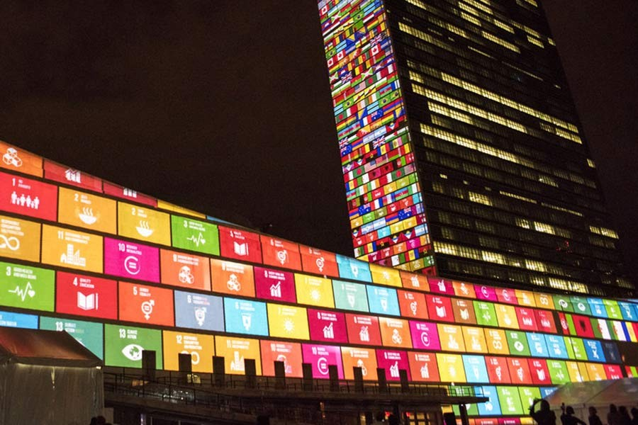 The United Nations headquarters showcasing the Sustainable Development summit, September 2015. —Photo credit: CIA PAK/UN