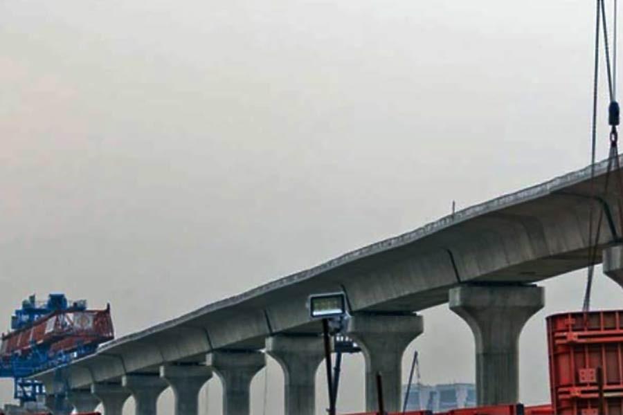 The construction of the metrorail from Uttara to Motijheel is under way in full swing. —Photo: bdnews24.com/ Abdullah Al Momin