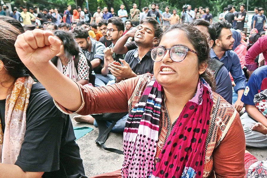 BUET students suspend protests