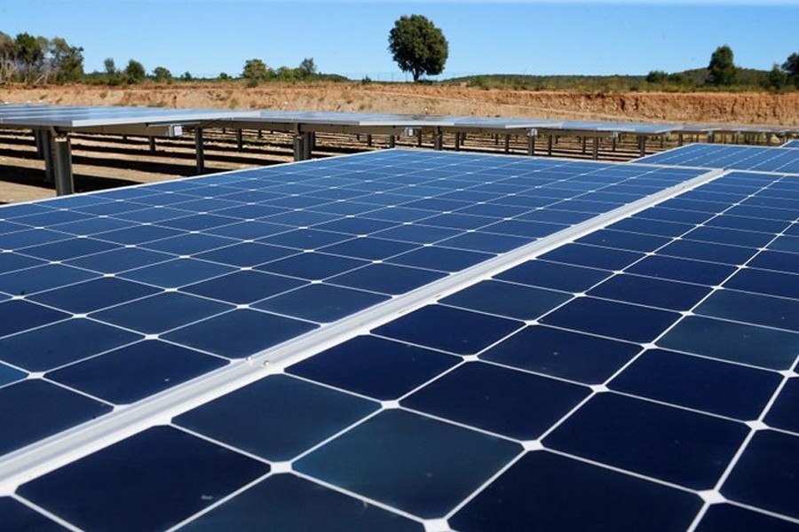 Global renewable power  capacity to rise by 50pc