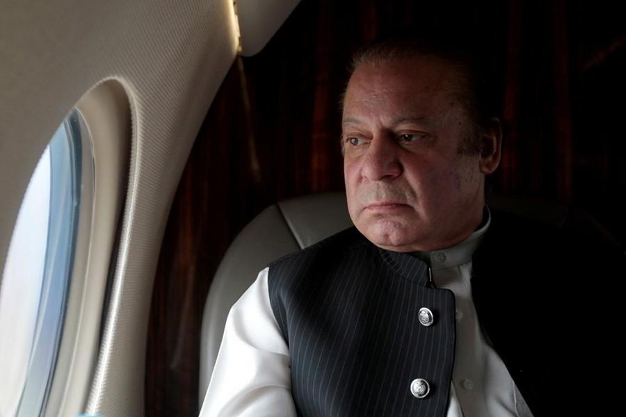 Ex-PM Nawaz Sharif leaves Pakistan for medical treatment