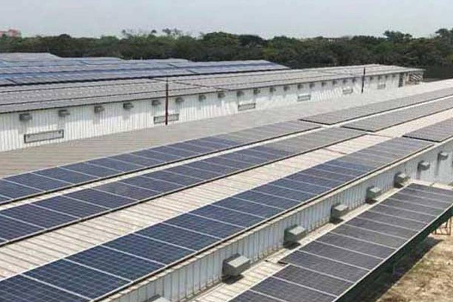 Rooftop solar panels at Paragon Poultry Limited (PPL), Baniarchala, Bhabanipur, Gazipur with 723.06 kWp installed capacity       — Photo credit: PPL
