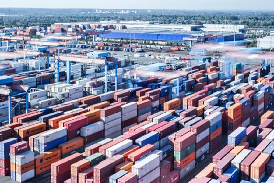 Trade deficit ups slightly in July-October