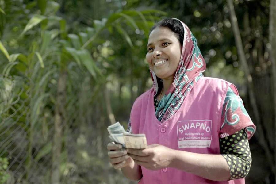 Bringing unbanked poor under financial services