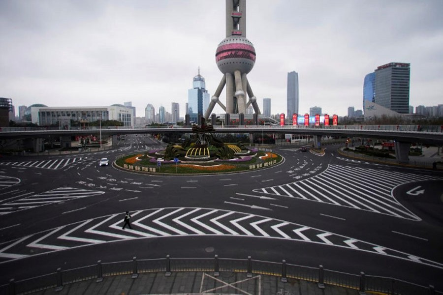 Coronavirus fears turn Chinese cities into ghost towns