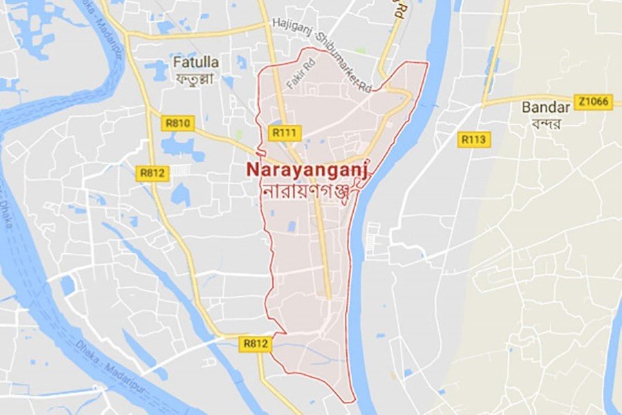 Eight of a family suffer burns in Narayanganj fire