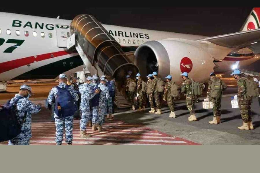 Biman carries B'deshi Peacekeepers for first time in UN History