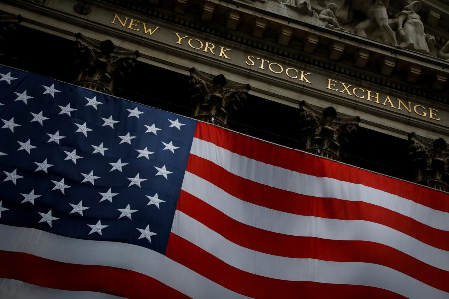 The New York Stock Exchange is seen in the financial district of lower Manhattan during the outbreak of the coronavirus disease (COVID-19) in New York City, New York, US, April 13, 2020. REUTERS/Andrew Kelly