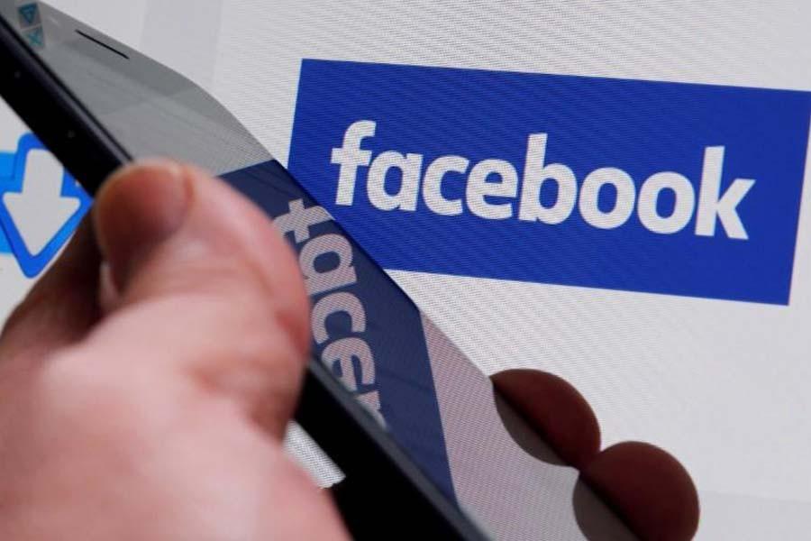 Biggest Canadian banks join boycott of Facebook platforms