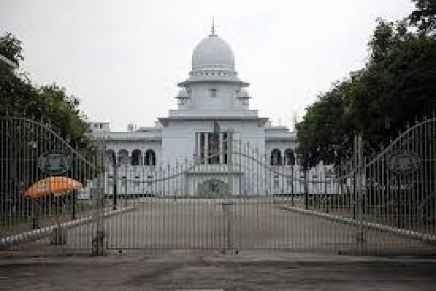 CJ asks lower  courts to receive  complaint cases