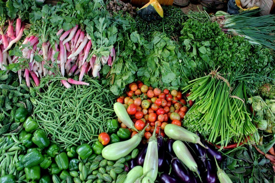 Prices of vegetables continue to remain high amid supply crunch