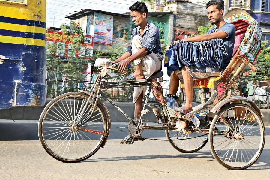 Of battery-run rickshaws